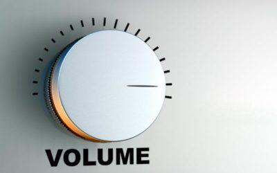 abbassare il volume…